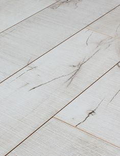 White aspen flooring love for White laminate flooring