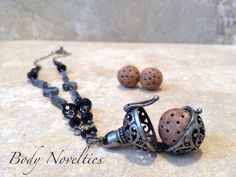 Diffuser necklace essential oils pendant Bali by Bodynovelties ✿