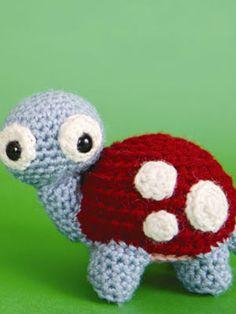 Cuddly Crochet Creatures: Turtle - Free pattern