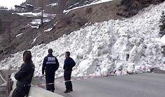 V Alpách zabíjajú lavíny z mokrého snehu, hrozia aj na Slovensku