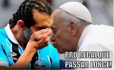 """barcos beijinho no ombro papa francisco - Papa, D'Ale e """"Beijinho no ombro"""": Grêmio sofre com cornetas na web"""