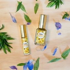 🌞 Glow like the sunshine on a summer's day! With essential oils of lime and bergamot to add a spring in your step. Clove and cinnamon heighten feelings of wellbeing and confidence as jasmine and rose geranium contribute to the floral scent 🌻 Can't get enough of this mood elevating blend Bergamot, Geraniums, Summer Days, Essential Oils, Sunshine, Perfume Bottles, Glow, Lime, Spring