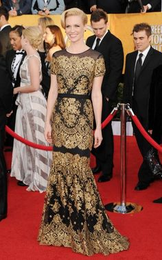 Black and Gold. Carolina Herrera. DYING over this