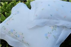 Cushion Covers, Pillow Covers, Quilt Making, Quilting Designs, Bed Spreads, Linen Bedding, Bed Sheets, Embroidery Patterns, Decorative Pillows
