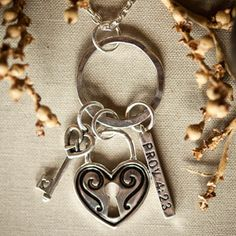 GUARD YOUR HEART NECKLACE featuring Proverbs 4:23 (Item # 75373)