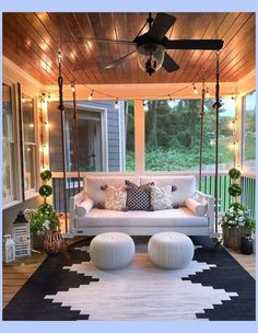 30 Gorgeous And Inviting Farmhouse Style Porch Decorating Ideas - - Tis the season of summer days and outdoor spaces to enjoy them, so check out our fab collection of farmhouse style ideas for your porch. Sweet Home, House With Porch, Houses With Front Porches, Back Porches, Decks And Porches, My New Room, Farmhouse Decor, Farmhouse Style, Farmhouse Homes