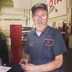 Walter Wright, he's been helping customers in the @huntingtontoyota service department for 44 years!   #toyota #huntingtonny #longisland #newyork #nyc #strongisland #huntingtontoyota #toyotausa #yotanation #yota #veteran #tagsforlikes #awesome #amazing #service #mechanic #work #cool #random #potd #huntington #camry #tundra #tacoma #yaris #cars #trucks #automotive #employee