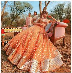 Party Wear Indian Dresses, Indian Bridal Outfits, Dress Indian Style, Indian Fashion Dresses, Indian Designer Outfits, Indian Bridesmaid Dresses, Mehendi Outfits, Pakistani Lehenga, Bridal Lehenga