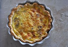 Bacon and Caramelized Onion Quiche | mountainmamacooks.com