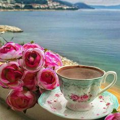 Coffee by the sea tastes better. Coffee Vs Tea, Sweet Coffee, Coffee And Books, Fresh Coffee, I Love Coffee, Coffee Cafe, Happy Coffee, Good Morning Coffee, Coffee Break