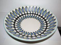 Kupittaan Savi Atso Eskola Finland Soup Bowls, Rice Bowls, Beautiful Soup, Cream Soup, Scandinavian Art, Vegetable Bowl, Glass Ceramic, Nordic Design, Pottery Art