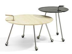 Tavolino rotondo con ruote POND by Blå Station   design Mia Cullin