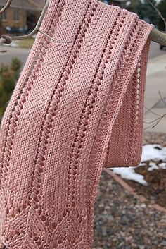 Lacy Scarf Knitting Patterns Free knitting pattern for Breast Cancer Awareness lace scarf and more lace scarf knitting patterns Knitted Shawls, Knitted Blankets, Crochet Scarves, Baby Blankets, Knitting Stitches, Knitting Patterns Free, Free Pattern, Knitting Tutorials, Knitting Projects