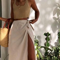 stylish clothes,newest fashion,hot new outfits,shop fashion Spring Summer Fashion, Spring Outfits, Autumn Fashion, Style Summer, Summer Outfit, Beach Outfits, Maxi Skirt Outfit Summer, Outfit Beach, Summer Chic