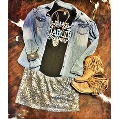 Tank and Cattle Tag necklace Rodeo Outfits, Country Outfits, Western Outfits, Cute Outfits, Country Girl Style, Country Fashion, Western Chic, Western Wear, Gypsy Style