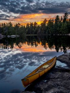 19 Most Beautiful Places to Visit in Minnesota - Page 9 of 19 - The Crazy Tourist - Boundary Waters Canoe Area Wilderness – Minnesota - Places To Travel, Places To See, Canoa Kayak, Destination Voyage, Beautiful Places To Visit, Belle Photo, The Great Outdoors, Minnesota, Scenery