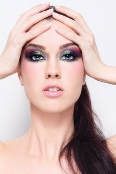 Top 10 Most Common Eyeshadow Mistakes We All Make