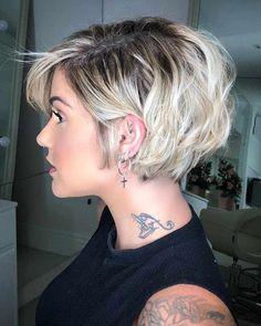 Stylish Short Haircuts, Popular Short Haircuts, Short Hairstyles For Thick Hair, Short Haircut Styles, Haircut For Thick Hair, Short Hair Cuts For Women, Curly Hair Styles, Pixie Bob Haircut, Pixie Haircuts