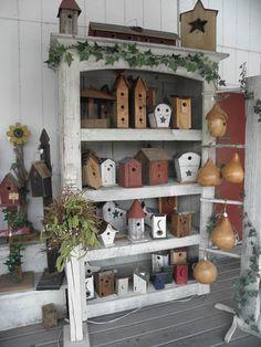 birdhouse display