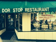 Celebrate meal time again! These 10 mom & pop restaurants in Pittsburgh are amazing!