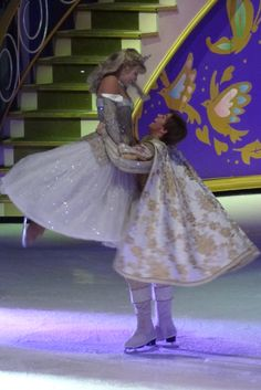 Disney on Ice - Sleeping Beauty and Phillip! :) Seeing this part just made my life!