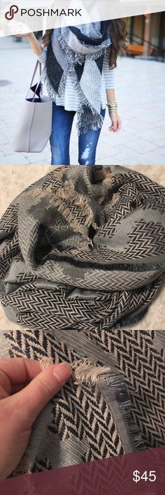 Blanket Scarf Beautiful blanket scarf. Got from stitch fix and never wore. Accessories Scarves & Wraps