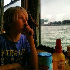 """Instagrammed door @heleneboot: """"Gratis pannenkoeken eten! #pannenkoekenboot #rotterdampas"""""""