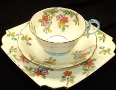 Tea Art, Rose Tea, High Tea, Teapots, Afternoon Tea, Cup And Saucer, Tea Time, Beautiful Things, Tea Cups