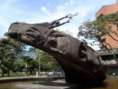 Rodrigo Arenas Betancourt Art Blog, Statue Of Liberty, Lion Sculpture, Travel, Artists, Radiation Exposure, Statue Of Liberty Facts, Viajes, Statue Of Libery