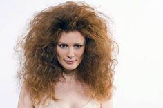 Descubra como tratar cabelos rebeldes com as nossas super dicas e a indicação de alguns tratamentos! Vem ver! http://salaovirtual.org/como-tratar-cabelo-rebelde/ #dicas #tratamentos #salaovirtual