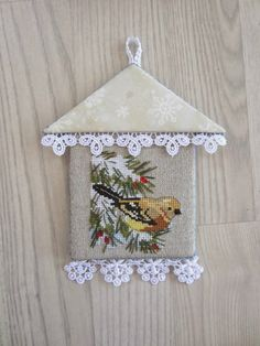 This looks like a birdhouse cute way to finish an ornament. Cross Stitch Christmas Ornaments, Xmas Cross Stitch, Just Cross Stitch, Cross Stitch Finishing, Cross Stitch Animals, Christmas Embroidery, Christmas Cross, Cross Stitching, Cross Stitch Embroidery