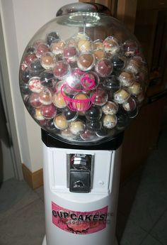 Cupcake Dispenser (Bat Mitzvah Party by The Event of a Lifetime) - mazelmoments.com
