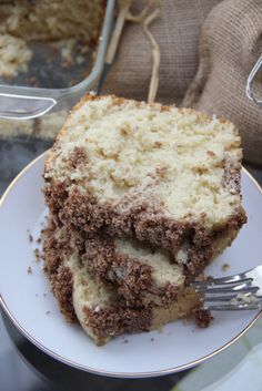 Cinnamon Crumble Coffee Cake Skinny Cinnamon Crumble Coffee Cake by Skinny Girl Standard, only 200 calories per slice.Skinny Cinnamon Crumble Coffee Cake by Skinny Girl Standard, only 200 calories per slice. Truvia Baking Blend, Dessert Drinks, Desserts, Coffee Kombucha, Cinnamon Crumble, Wholesale Coffee, Buy Coffee Beans, Organic Cooking, Breakfast Pastries