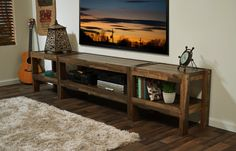 Reclaimed Wood TV Stand Pallet Wood & Barn Wood por WoodwavesInc