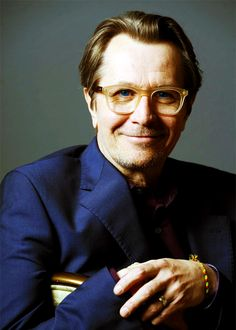 Gary Oldman...one of my favorite actors. He has such a sweet smile!!!! I luv him!!!