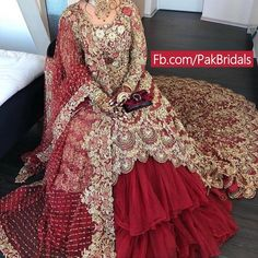 Image may contain: 1 person, standing Desi Wedding Dresses, Asian Bridal Dresses, Asian Wedding Dress, Evening Dresses For Weddings, Pakistani Wedding Dresses, Indian Wedding Outfits, Pakistani Dress Design, Pakistani Suits, Bridal Outfits