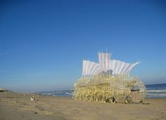 Theo Jansen's Kinetic Strandbeest Sculptures are Fantastic, Sand-Walking Behemoths