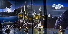 Harry Potter bedroom | Harry Potter Hogwarts mural shown here straight on.