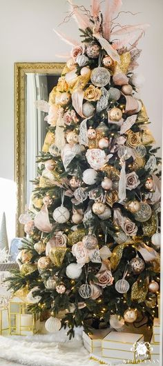 blush-and-gold-christmas-tree-