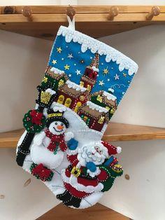 Christmas Gifts For Women Christmas Nativity, Felt Christmas, Christmas Crafts, Christmas Decorations, Christmas Ornaments, Felt Crafts, Diy And Crafts, Felt Stocking, Xmas Stockings