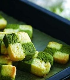 Green tea marble shaped biscuits