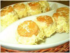 Sajtkrémmel töltött pogácsa Hungarian Recipes, Hungarian Food, French Toast, Dairy, Food And Drink, Cheese, Breakfast, Acute Accent, Morning Coffee