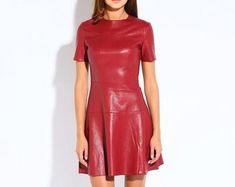 Etsy :: Jouw platform voor het kopen en verkopen van handgemaakte items Leather Jacket Dress, Bodycon Dress, Trending Outfits, Unique, Jackets, Clothes, Vintage, Etsy, Dresses