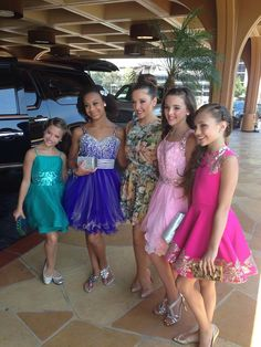 Maddie Ziegler with her sister, Mackenzie Ziegler, and and her friends, Nia Frazier, Gianna Martello and Kendall Vertes, before they made their public appearance at the Teen Choice Awards 2014 [2014]