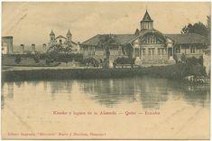Kiosko y laguna en la Alameda - Quito - Ecuador