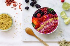 Nutrition Stripped | Ultimate Berry Smoothie Bowl