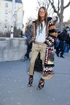 Confira uma seleção de looks de street style da semana de moda de ParisInverno 2016: