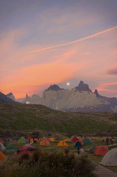 Camping Lago Pehoé, Parque Nacional Torres del Paine, Chile, by ADeliriumTrigger.