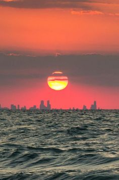 Chicago Skyline viewed from Indiana Dunes National Lakeshore, Indiana | Reddit