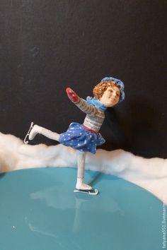 """Купить Игрушка из ваты """"Зимние забавы- фигуристка Тося"""" - голубой, фигуристка, вата"""